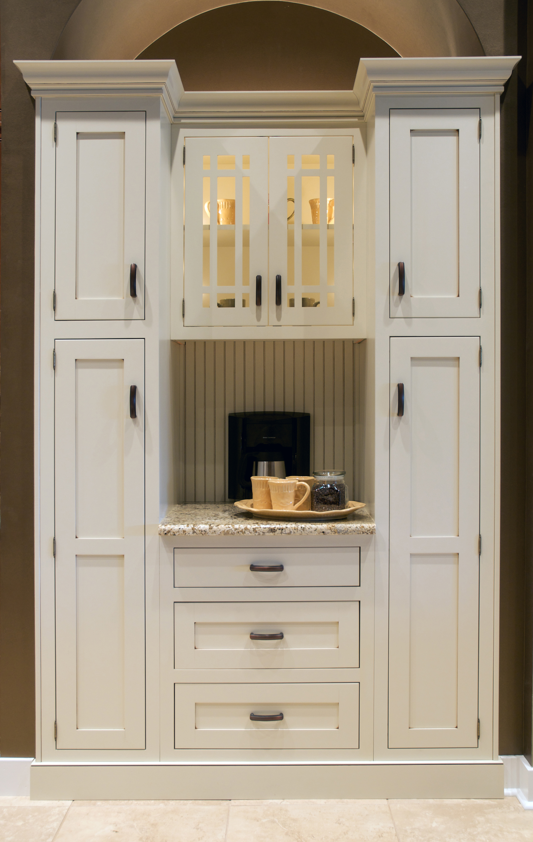Kitchen, Bath and Closet Cabinetry by Wellborn Cabinet ...
