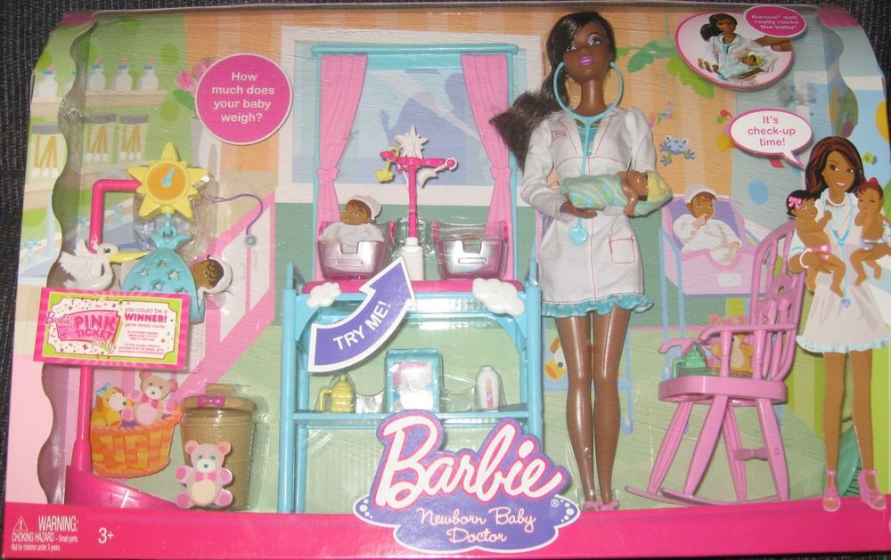 2009 Rare Newborn Baby Doctor Barbie with Happy Family