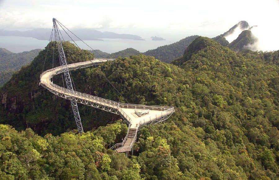 Most Unusual and Unique Bridges in the World, http://inspiredvox.com/unusual-bridges/  Check more at http://inspiredvox.com/unusual-bridges/