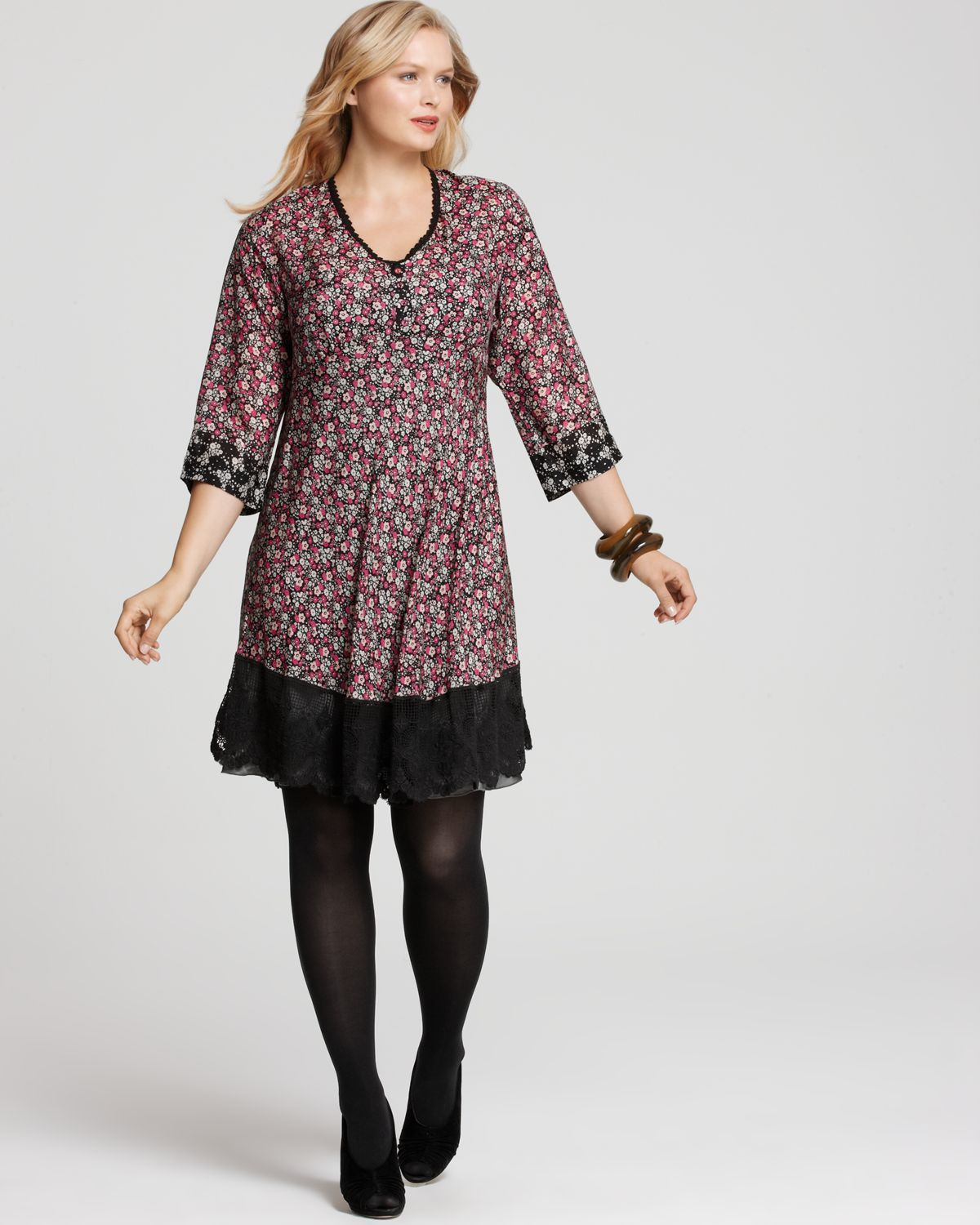 Cute outfit for a plus sized girl!