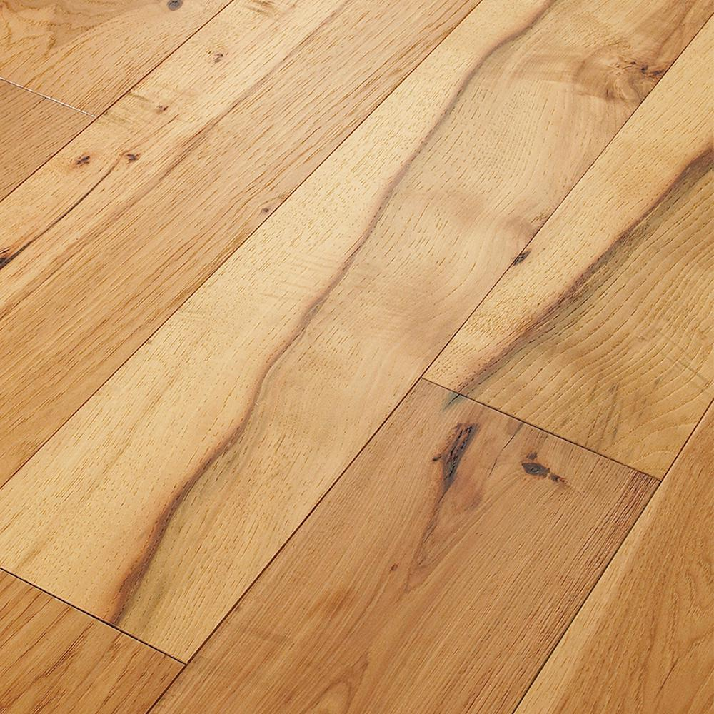 Shaw Take Home Sample Belvoir Hickory York Engineered Brushed Hardwood Flooring 7 1 2 In X 8 Hickory Flooring Engineered Hardwood Flooring Hardwood Floors