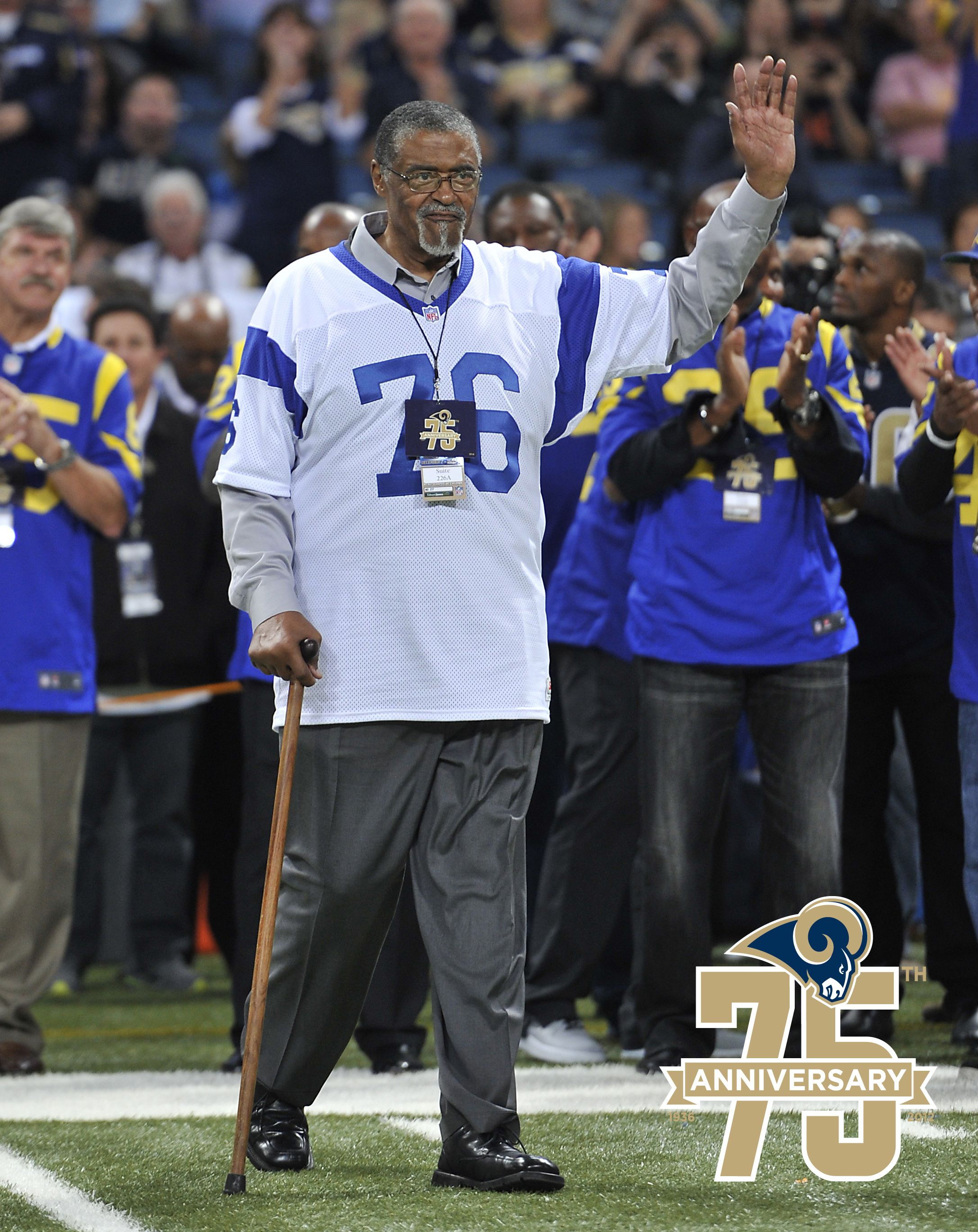 Rosey Grier Was A Defensive Tackle For The Los Angeles Rams From 1963 1966 And Was Part Of The Famed Fearsome F Jr Sports Rams Football Professional Football