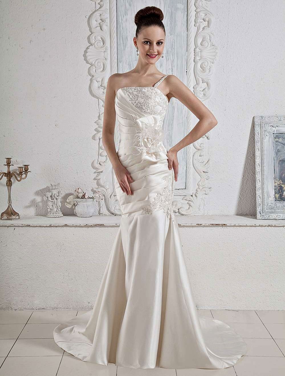 Luxury ivory strapless satin mermaid trumpet wedding dress