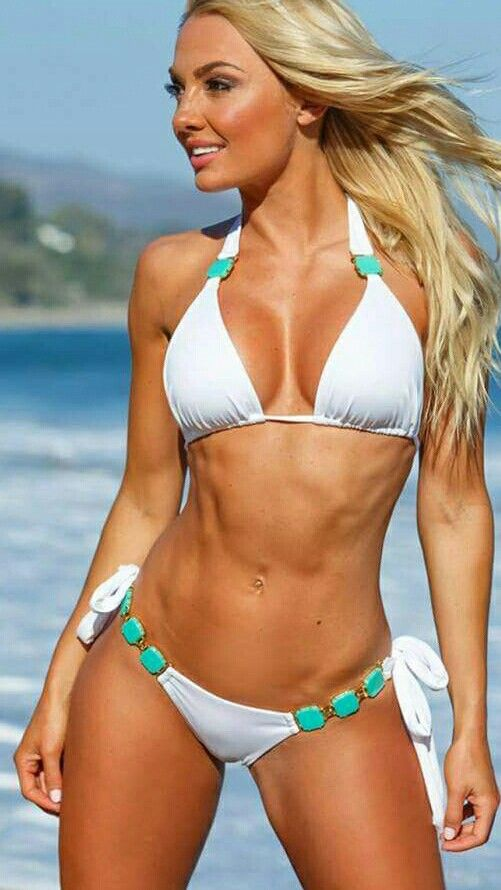 Ellen Jokikunnas Bikini
