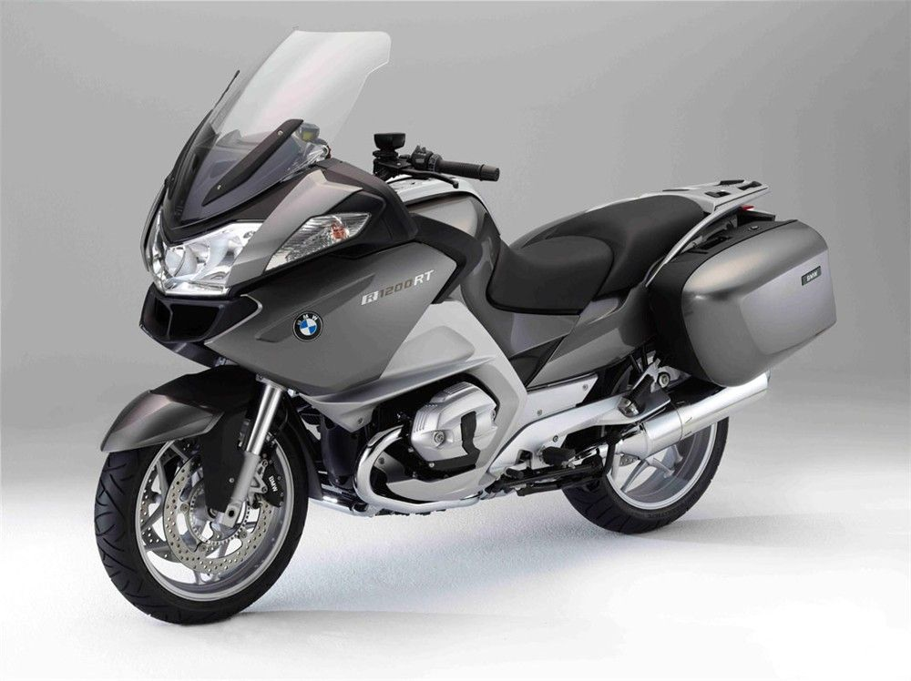 I love my ride! (BMW R1200RT)