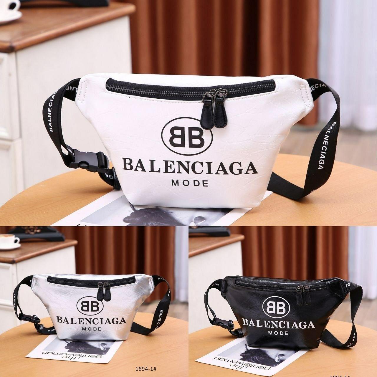 Tas Balenciaga BumBag 1894-1 Quality   Semipremium Bag Size   33x5x20Cm  Bahan   Kulit 44ab74d2d4