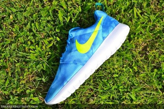 lowest price f7872 587ce Nike Roshe Run Print -Photo BlueElectric Green (Release Date- 8714)  kicksfever nike roshe