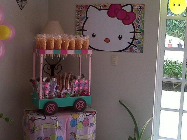 Mesa de dulces para bautizo carritos - Imagui