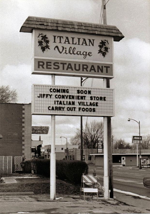 The Closing Of Belgian Village Inn In Moline Prompted Memories Late Great Q C Restaurants Drawbridge