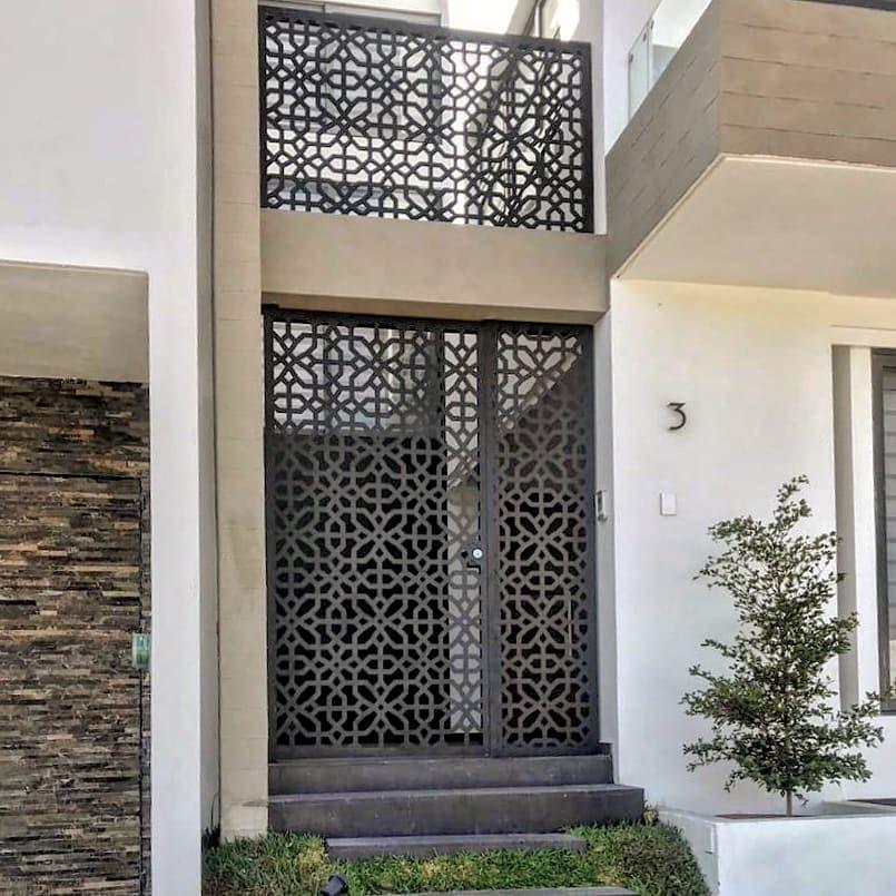 Panel Store On Instagram Celosia Arquitectonica Modelo Andalucia Aplicacion E Arquitectura De La Casa Fachadas De Casas Modernas Puertas De Entrada Modernas
