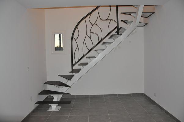 R sultat de recherche d 39 images pour escalier limon blanc - Escalier interieur quart tournant ...