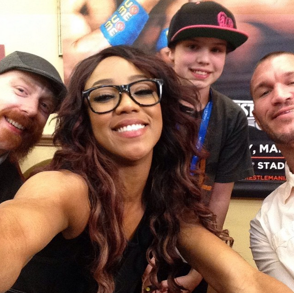 Randy Orton, Alicia Fox, and Sheamus take a selfie with a ... | 606 x 603 png 923kB