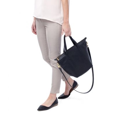 Cuyana Small Zipper Tote Black | Bags | Pinterest | Leather totes ...