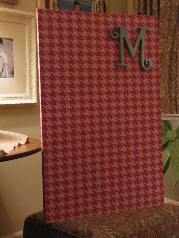 Magnet board with magnet inital.