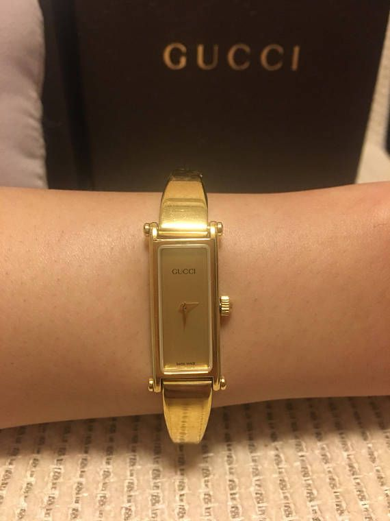 6516047c243 Authentic Gucci Vintage 1500L Gold Plated Petite Watch