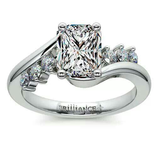 Swirl style diamond ring