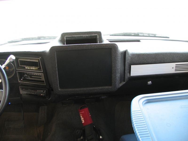 Full Custom Fiberglass Interior K5 And Truck Pirate4x4 Com 4x4 And Off Road Forum K5 Blazer Custom Car Interior Chevy Blazer K5