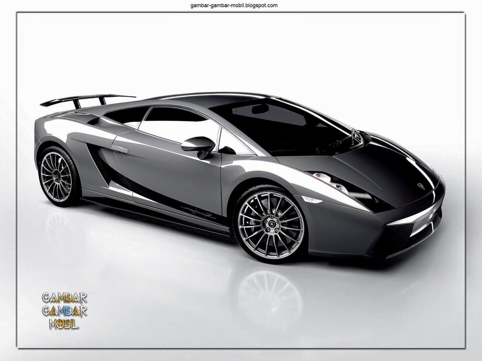 Foto Mobil Balap Lamborghini Gallardo