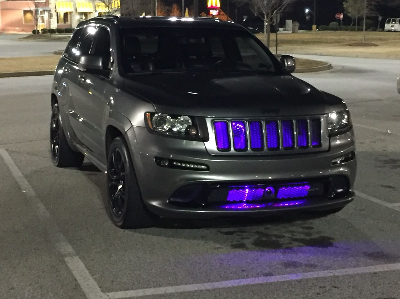 2012 jeep grand cherokee srt8 [ 1334 x 1000 Pixel ]