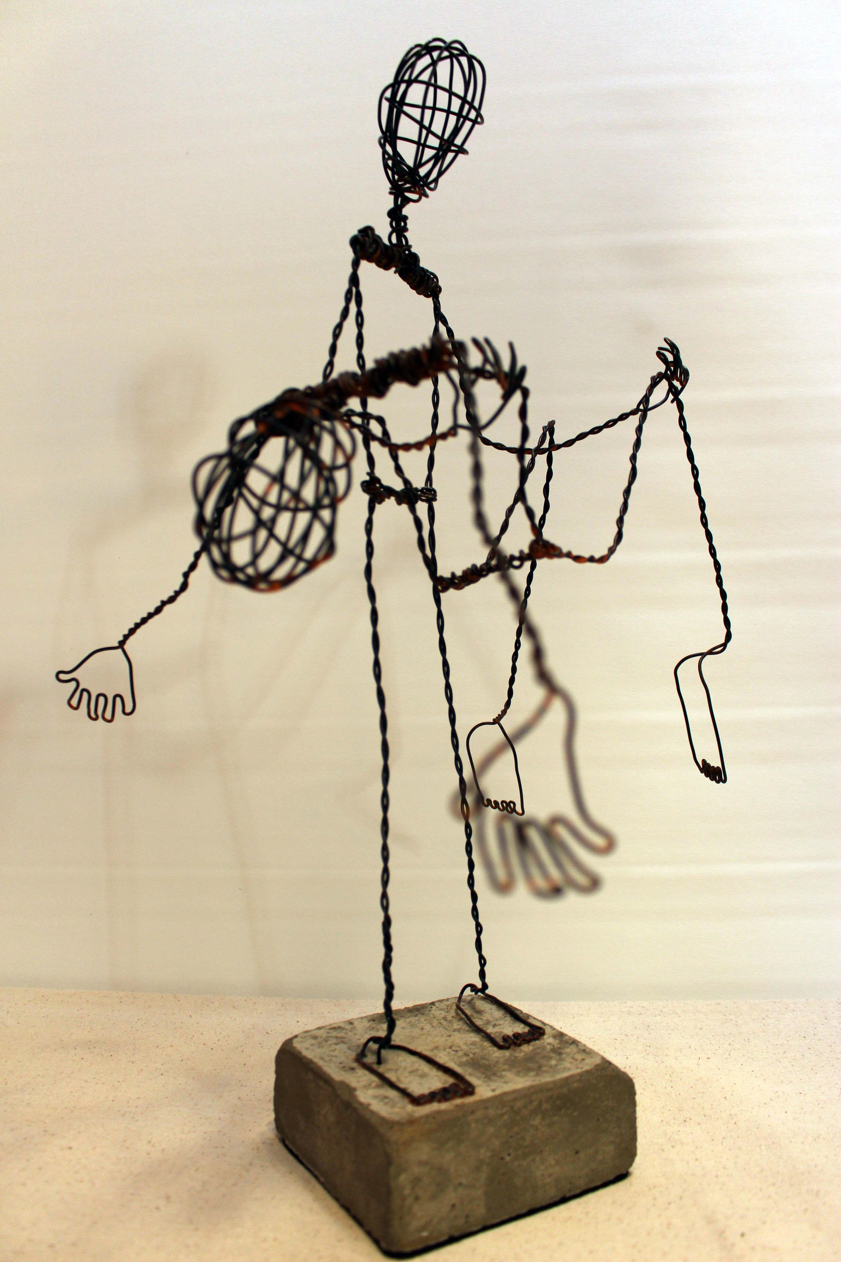 sculpture de l 39 artiste sylvain poirier quand le fil de fer et le ciment rencontre la danse