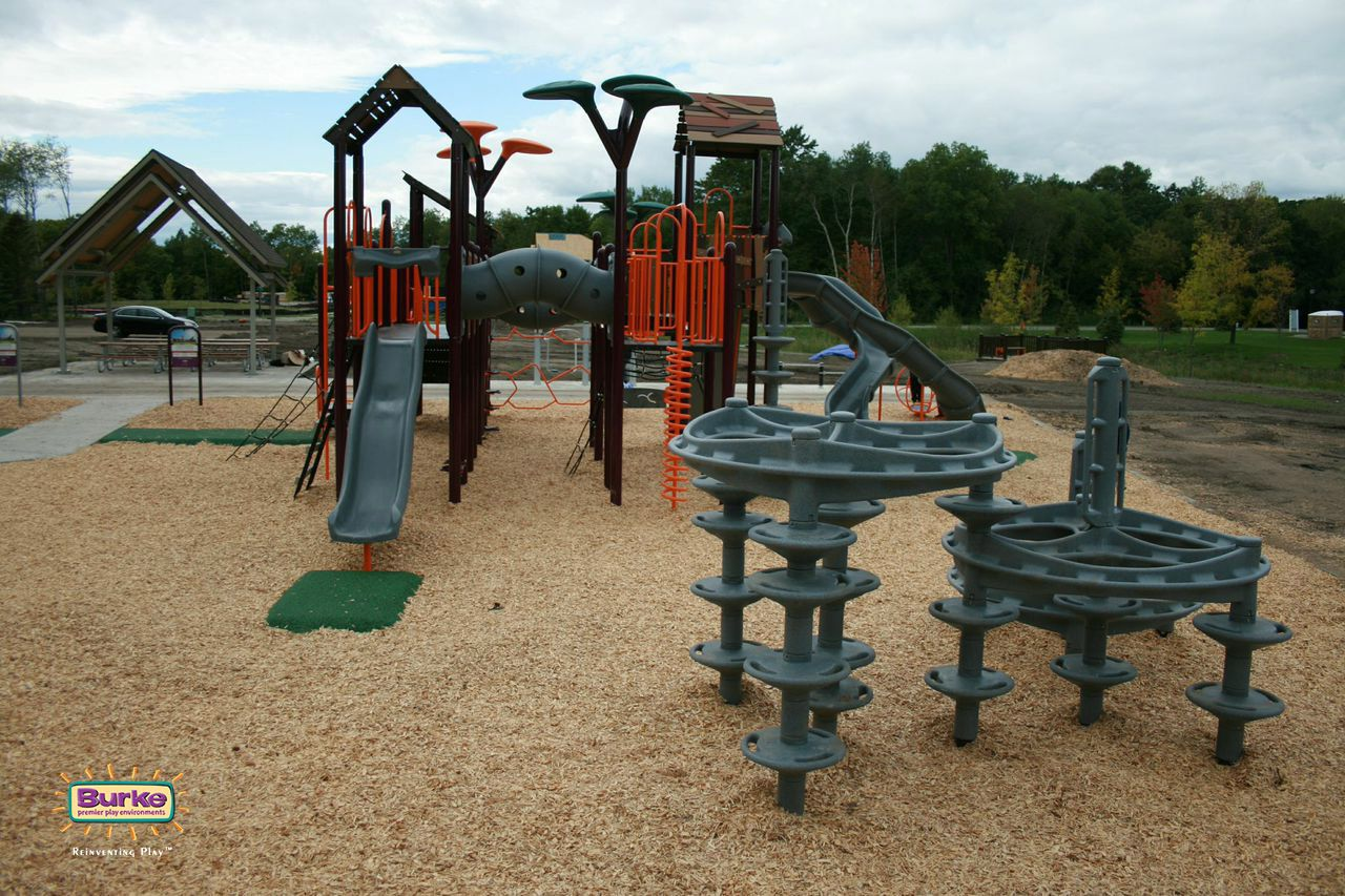 Dunkirk Lane Playground In Plymouth Minnesota Check Out The Entire Playground Gallery By Clicking On The Photo Outdoor Play Playground Photo