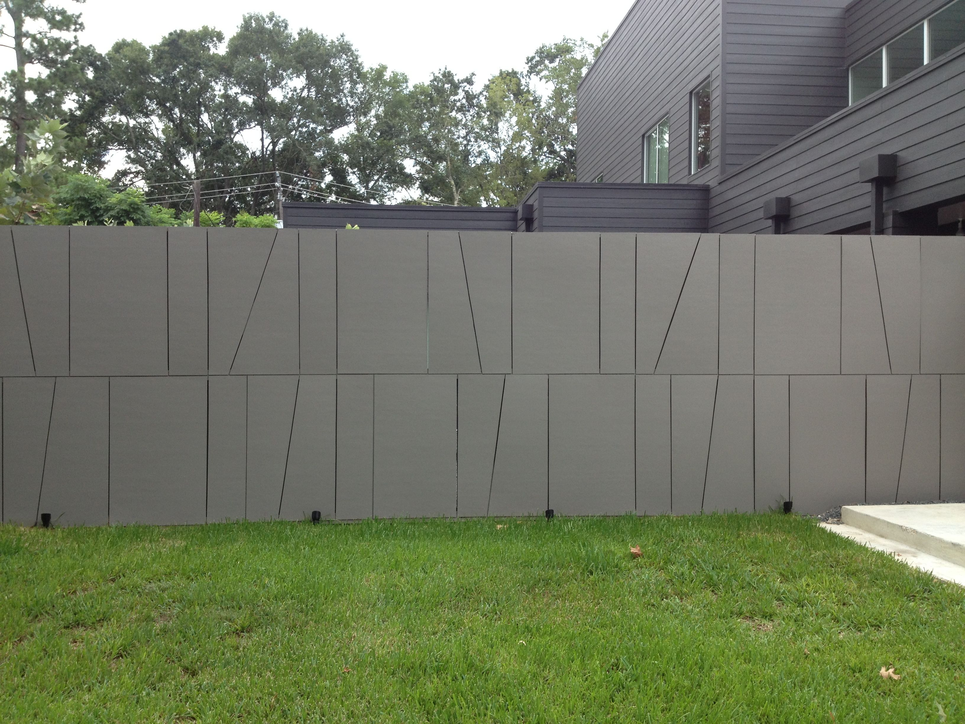 The Other Half Of The Hardiplank Mod Fence Privacy Walls Gate Design Steel Gate Design