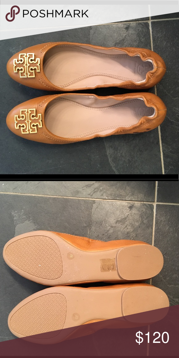 Tory Burch BNWOT camel flats sz 9 Never worn! Awesome flats, go with  everything