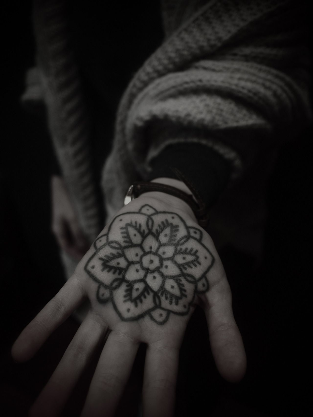 Cool tattoos for white guys guy le tattooer  my other palm should be prettier  henna