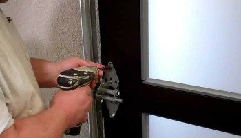 13 common home repairs tips tricks project ideas craft ideas 13 common home repairs tips tricks solutioingenieria Images