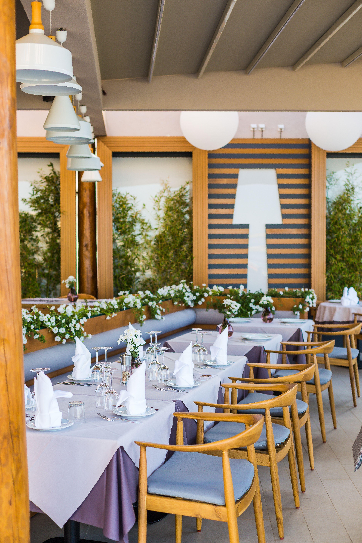 Basilhoney Restaurant -- Decor And Table Set Up #Decor #Style