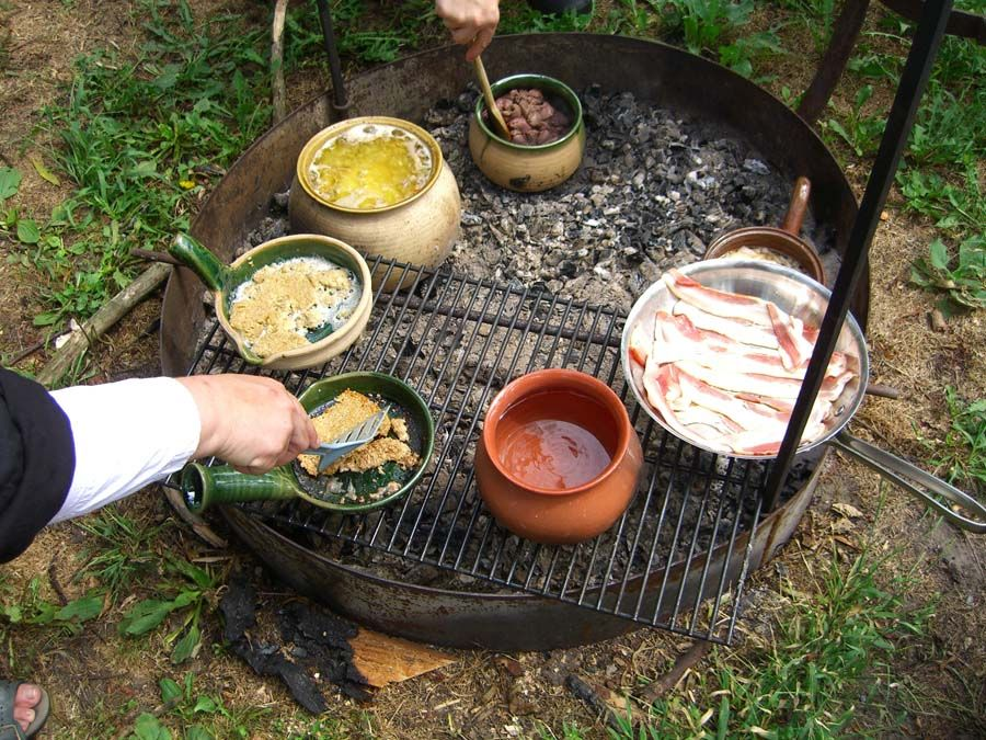Womens tshirts viking cast iron dutch oven second hand