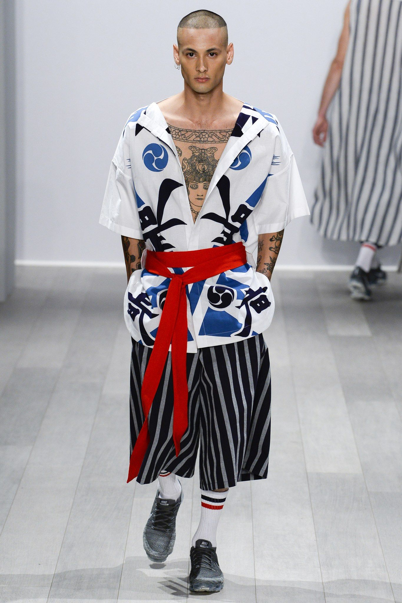 Akira Australia Resort 2018 Fashion Show In 2019 Men S Style