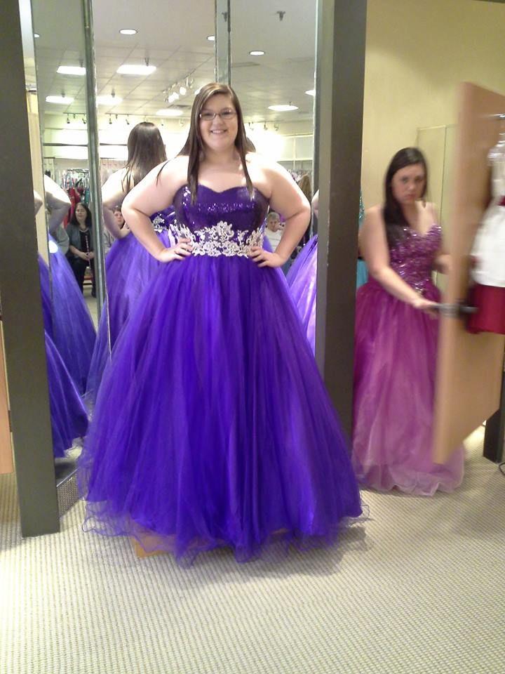 Curvy Girls Prom