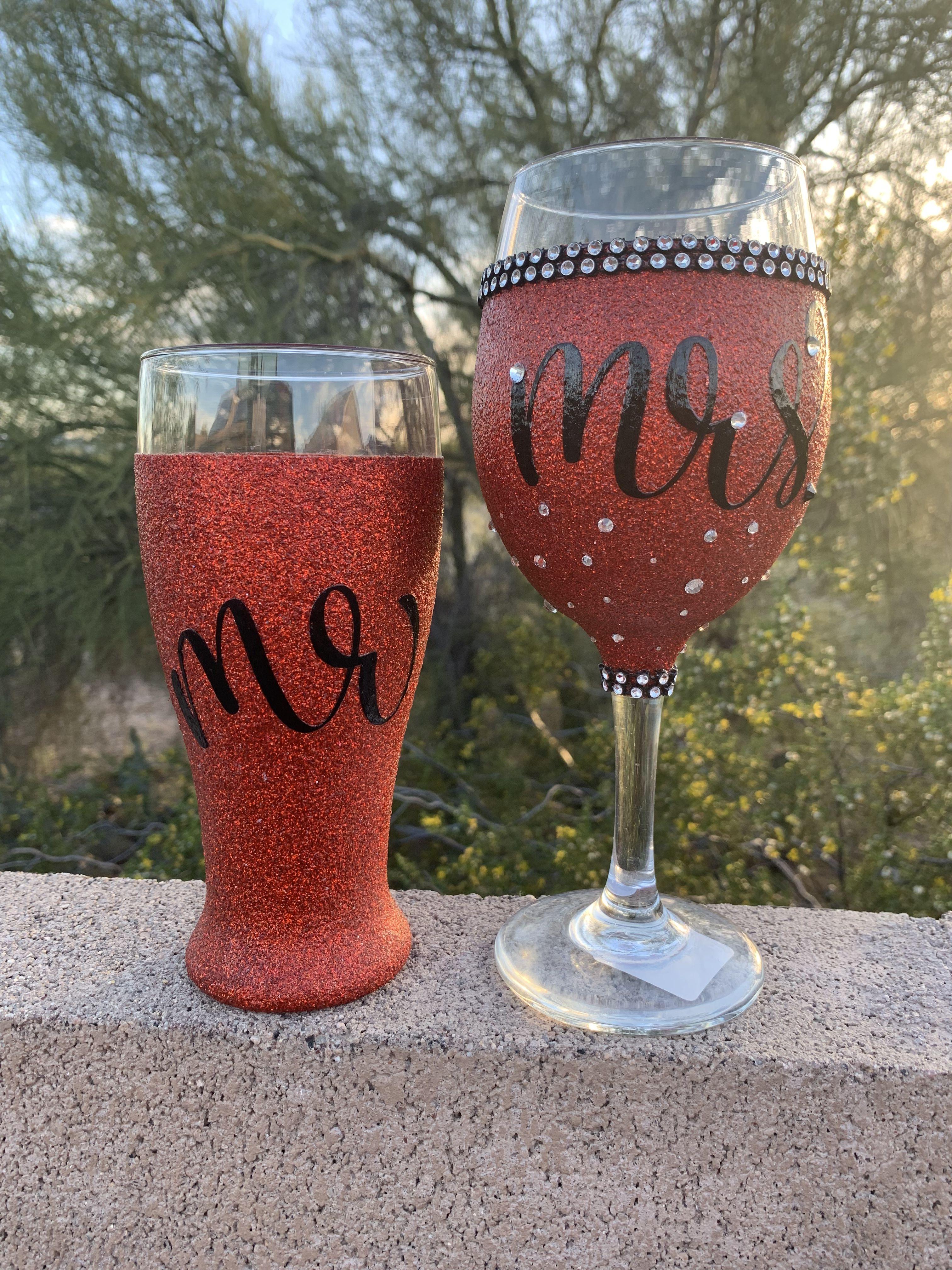Bride Wine Glass Glitter Wine Glass Wifey Party Gifts Etsy Glitter Wine Glass Diy Wine Glasses Bride Wine Glass