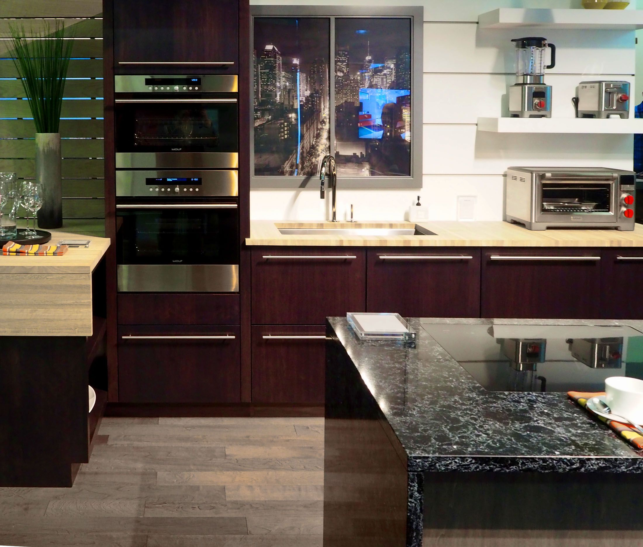 Compact Luxury Kitchens Debut Amid Urban Condo Boom Luxury