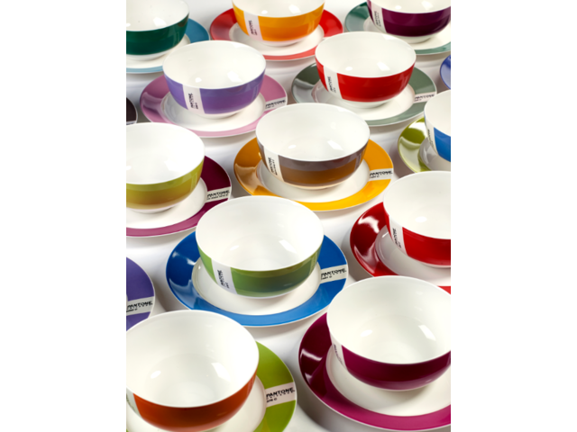 PANTONE Plates \u0026 Bowls  sc 1 st  Pinterest & PANTONE Plates \u0026 Bowls | housewarming | Pinterest | Pantone ...