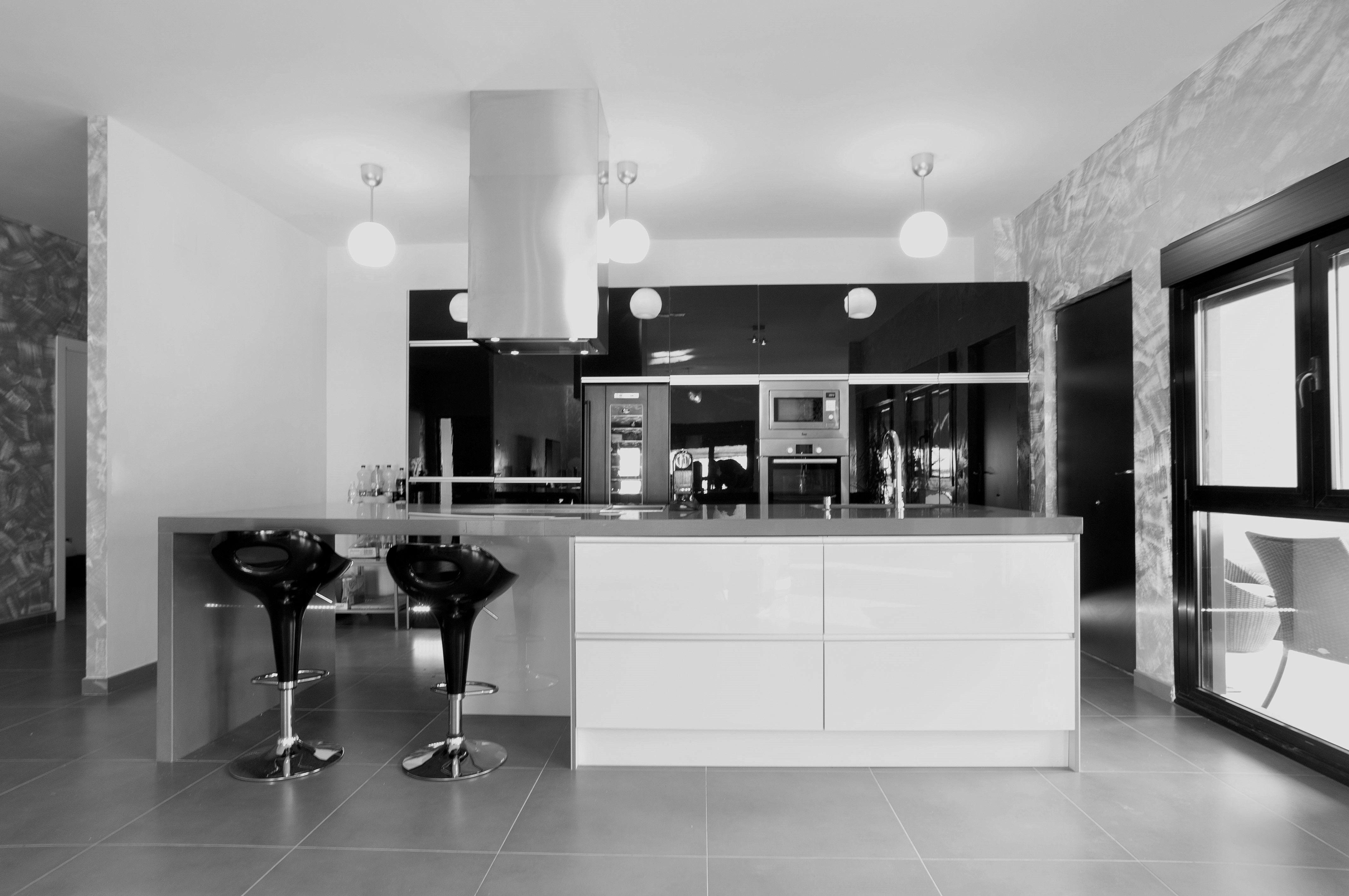 Cocina en byn casas de acero y hormigon ideas de casas - Acero casas prefabricadas ...