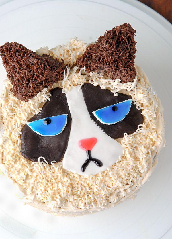 How to Make a Grumpy Cat Cake BoulderLocavorecom Blogger