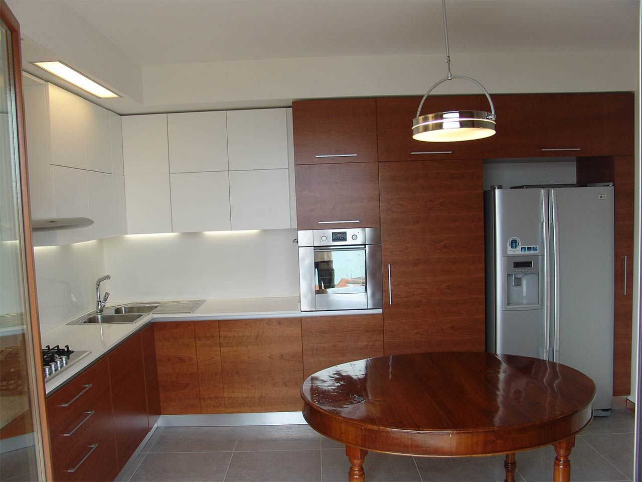 Cucina in ciliegio e bianco opaco | by ArredamentiAncona.it | casa ...