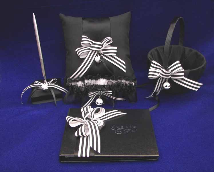 Nightmare Before Christmas Wedding Book Pen Pillow Set