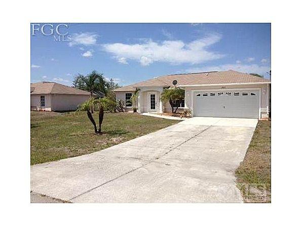 94 900 3bed 2bath Pool Home 842 Woodridge Cir Fort Myers Fl 33913 Fort Myers Woodridge House Styles