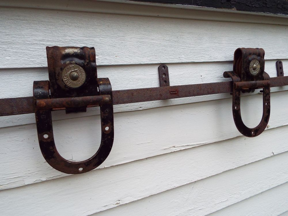 Details About Pair Of Antique Horseshoe Barn Door Rollers
