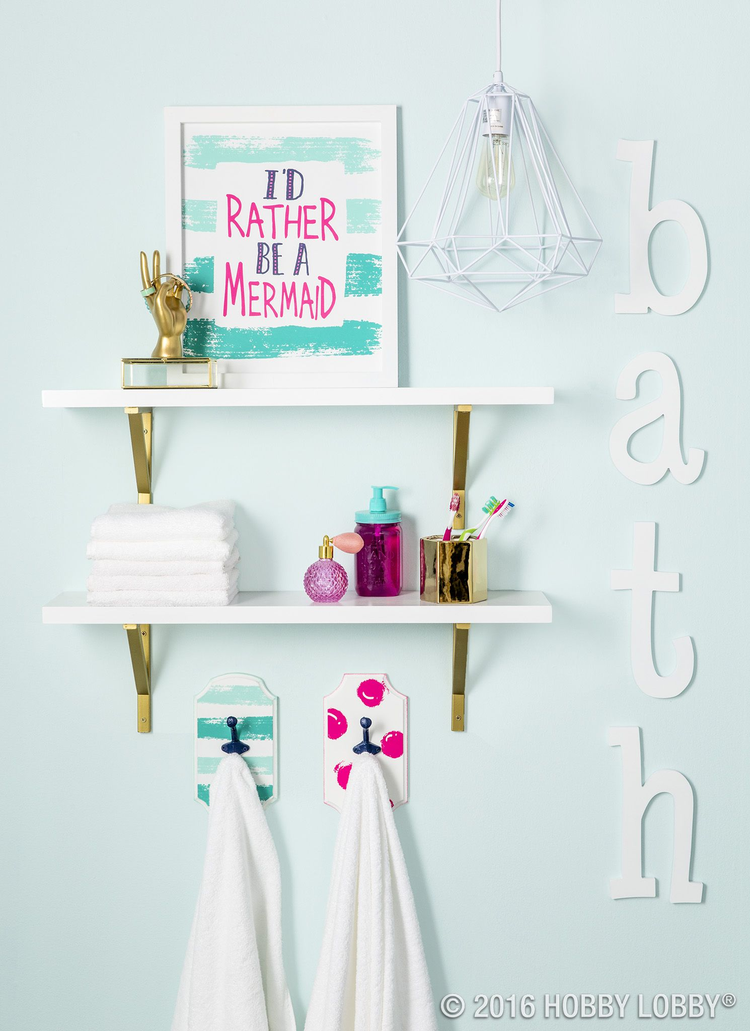 Add a splash of color to your everyday bathroom decor for Cool bathroom ideas for girls