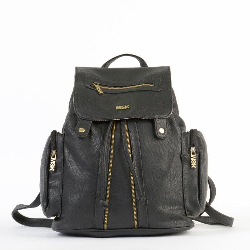 762992735 La mochila Saba de Misako es un backpack con tiras regulables para llevar a  la espalda