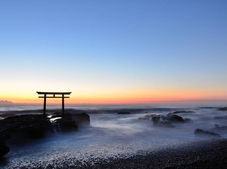 Skyglow When I See Sunset Like This In >> Sunrise Sunset On Oarai Beach And Watch The Sky Glow Orange Beyond