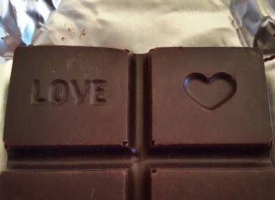 Kahvakuula kainalossa: Suklaa voi viedä sydämesi - hyvää ja rauhallista j...