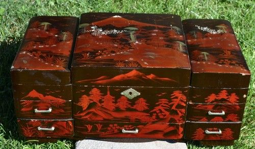 LARGE ANTIQUE JAPANESE BLACK RED LACQUER JEWELRY MUSIC BOX Music