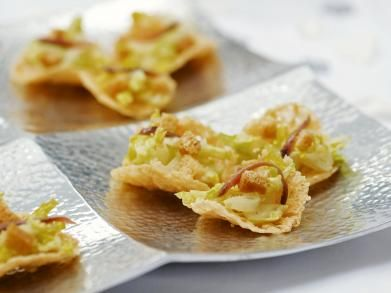 Parmezaanchips met caesarsalade (Libelle Lekker!)