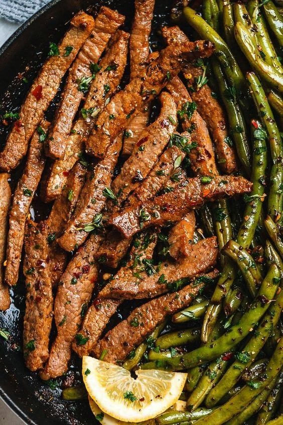 Butter Steak and Lemon Green Beans Skillet  So addicting The flavor combination of this quick and easy one pan dinner is spot onGarlic Butter Steak and Lemon Green Beans...