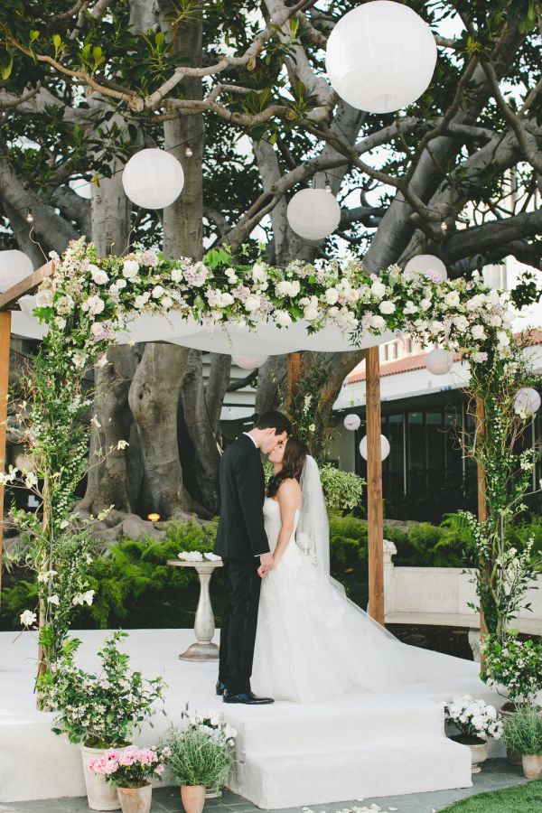 There's a list of vendors I'd wholeheartedly trust with my own wedding day, and they're called our Little Black Book members. We like to think of them as the best of the best, and luckily this couple totally got the